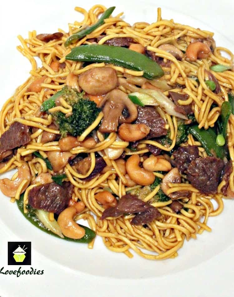 Beef and Vegetable Lo Mein. A quick and easy Chinese favorite with great flavors!   Lovefoodies.com