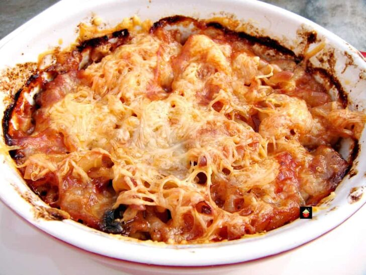 Easy Chili Pasta Bake, a great easy recipe, using leftover chili, and baked with a cheesy topping. Freezer friendly and ideal for creating a new dinner recipe!