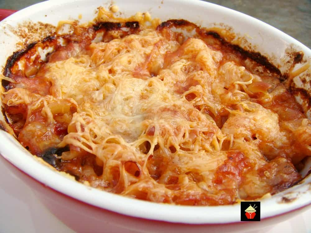 Easy Chili Pasta Bake, a great easy recipe and freezer friendly too! Use up your leftover chili and create a new dinner idea