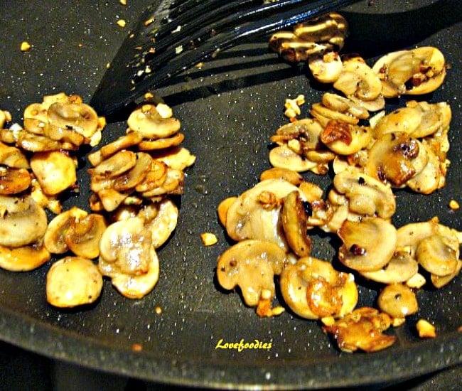 Herb Crusted Stuffed Chicken, cook mushrooms