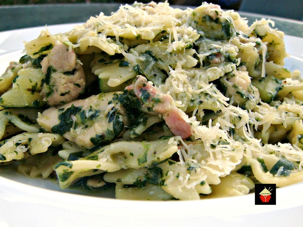 Tasty Chicken, Bacon & Spinach Pasta. Quick and Easy and oh so delicious! | Lovefoodies.com