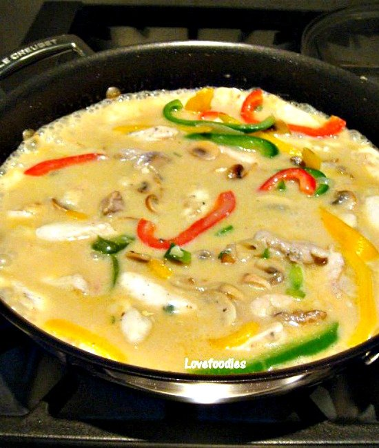 Chicken A La King A wonderful creamy chicken dinner with flavors out of this world! The chicken is lovely and tender, and together with the peppers and mushrooms in a wonderful cream sauce, this is perfect served with rice or pasta. Really tasty!