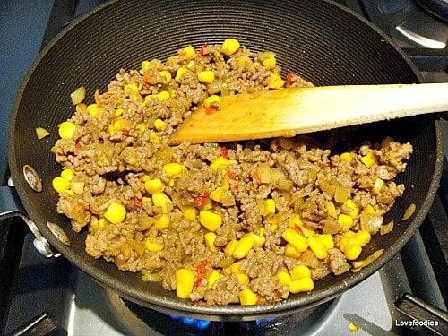 Nanny Chan's Mild Curry Puffs