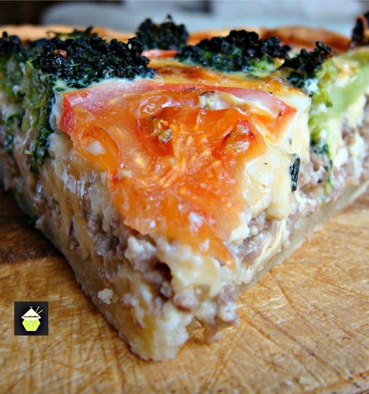 Ground Beef and Broccoli Quiche, a great recipe suitable for lunches, picnics or dinner!