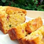 Cheesy Bacon, Sweet Corn & Pepper Bread Easy recipe and yep, VERY DELICIOUS! Serve warm or cold, tasty either way! Goes great with soups too.
