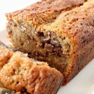 Coffee Pecan Pound Cake