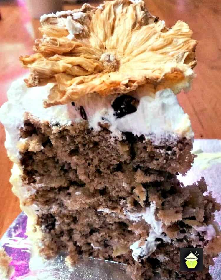 Delicious Hummingbird Cake