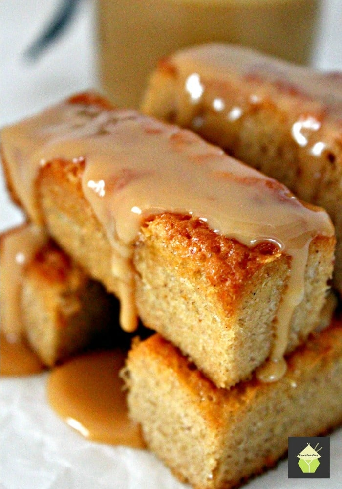 Mini Caramel Cinnamon Spiced Cakes Soft and moist and oh so delicious!