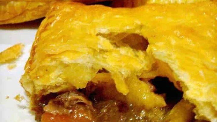 Steak Bakes (like Savory hand pies!). Delicious mini puff ...