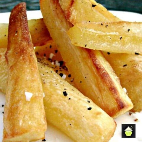 Super Crispy Crunchy Roast Parsnips are the perfect accompaniment to a Roast dinner. Crispy on the outside and fluffy on the inside!