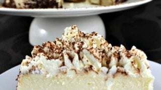 Creamy Tiramisu Cheesecake