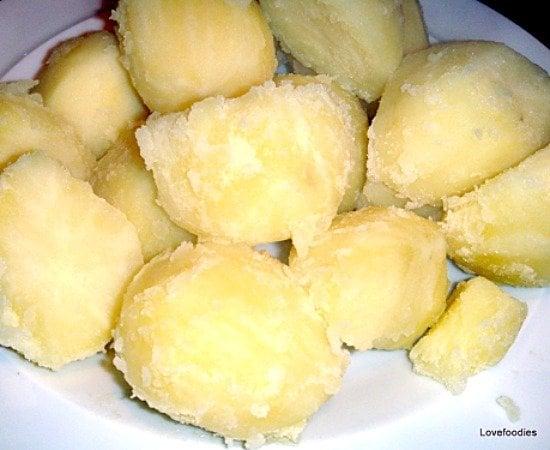 Super Crispy Crunchy Roast Potatoes, allow to dry a little