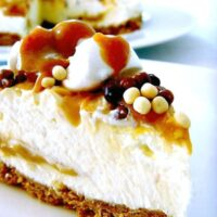 No Bake Caramel Cheesecake. Very easy to make. Come and see what's inside this stunning dessert!