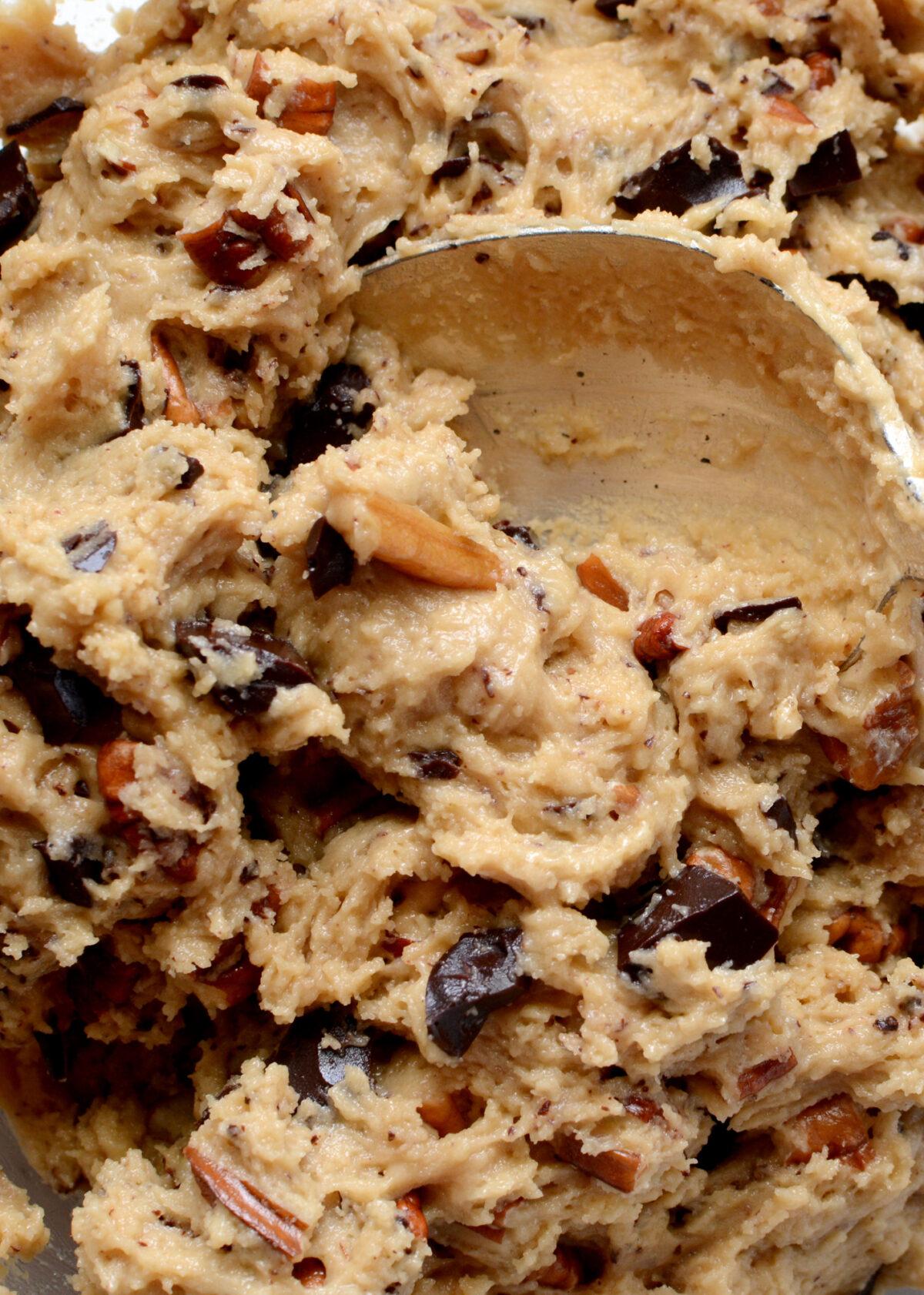 Chocolate Pecan Cookies, cookie dough ready