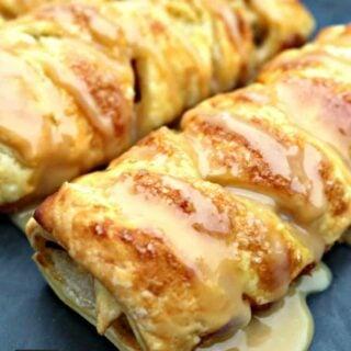 Mini Caramel Apple Pastries