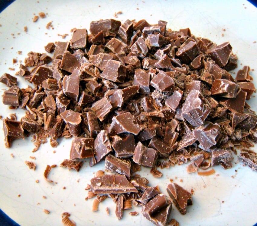 Irish Cream Pie, preparing chocolate chunks