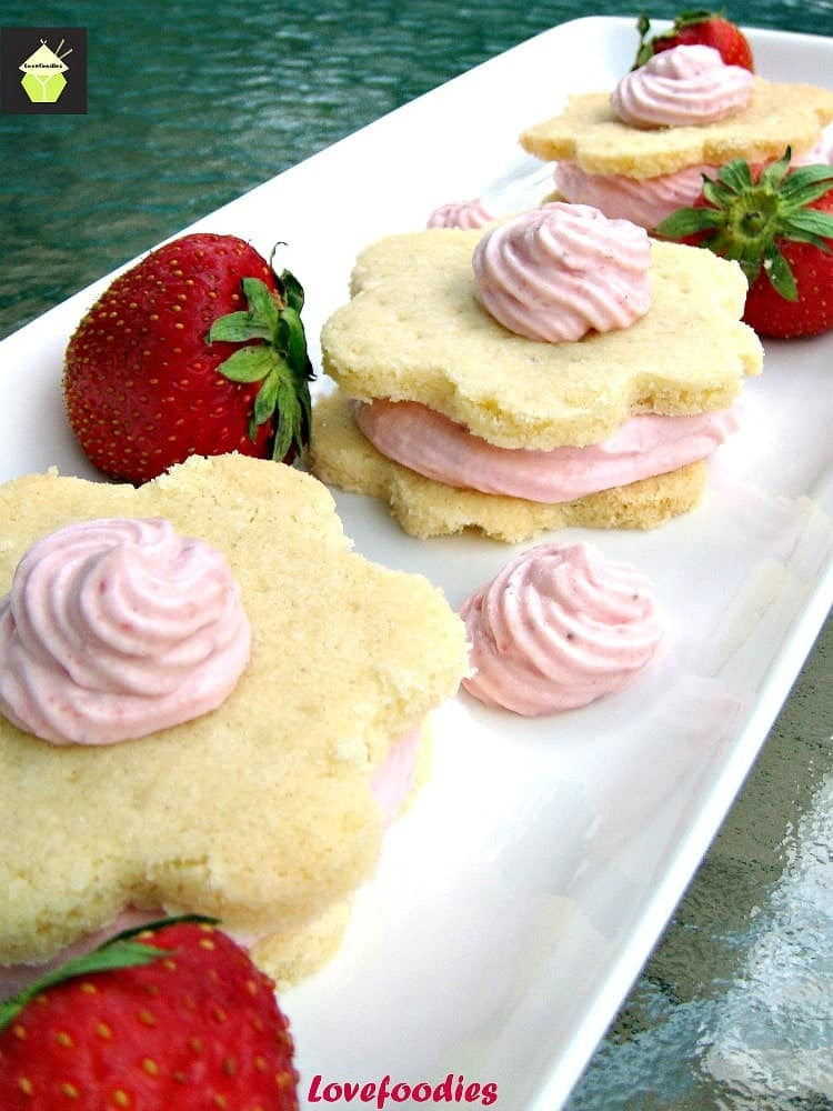 Strawberry Mousse Shortbread. Creamy, fluffy mousse sandwiched between two wonderful Shortbread cookies!