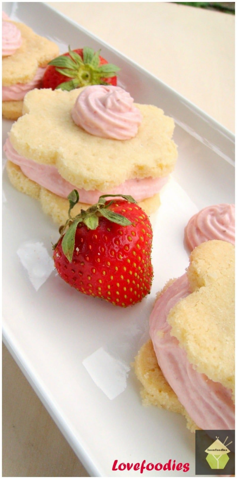 Strawberry Mousse Shortbread. Creamy, fluffy mousse sandwiched between two wonderful Shortbread cookies! | Lovefoodies.com