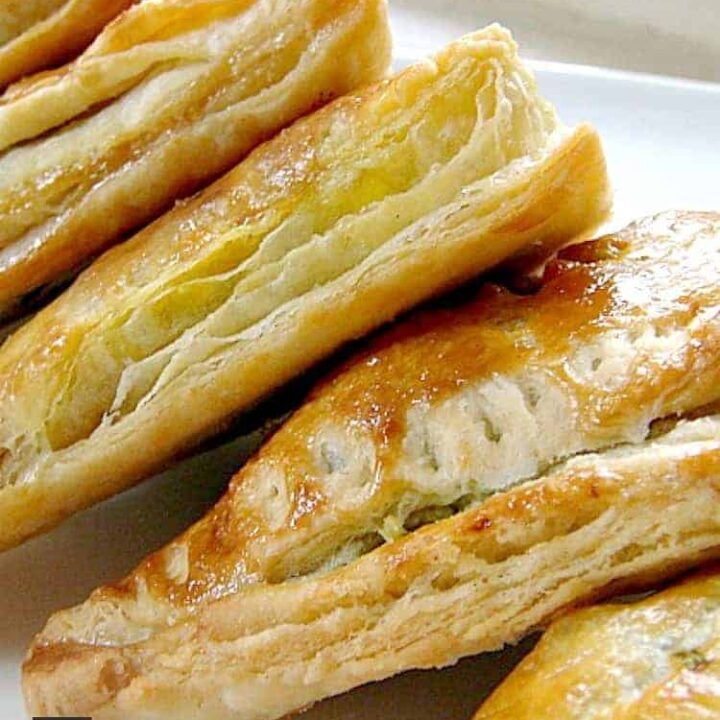 How To Make Quick and Easy Flaky Pastry. Simple to follow instructions, great for pies, strudels, turnovers and freezer friendly too!