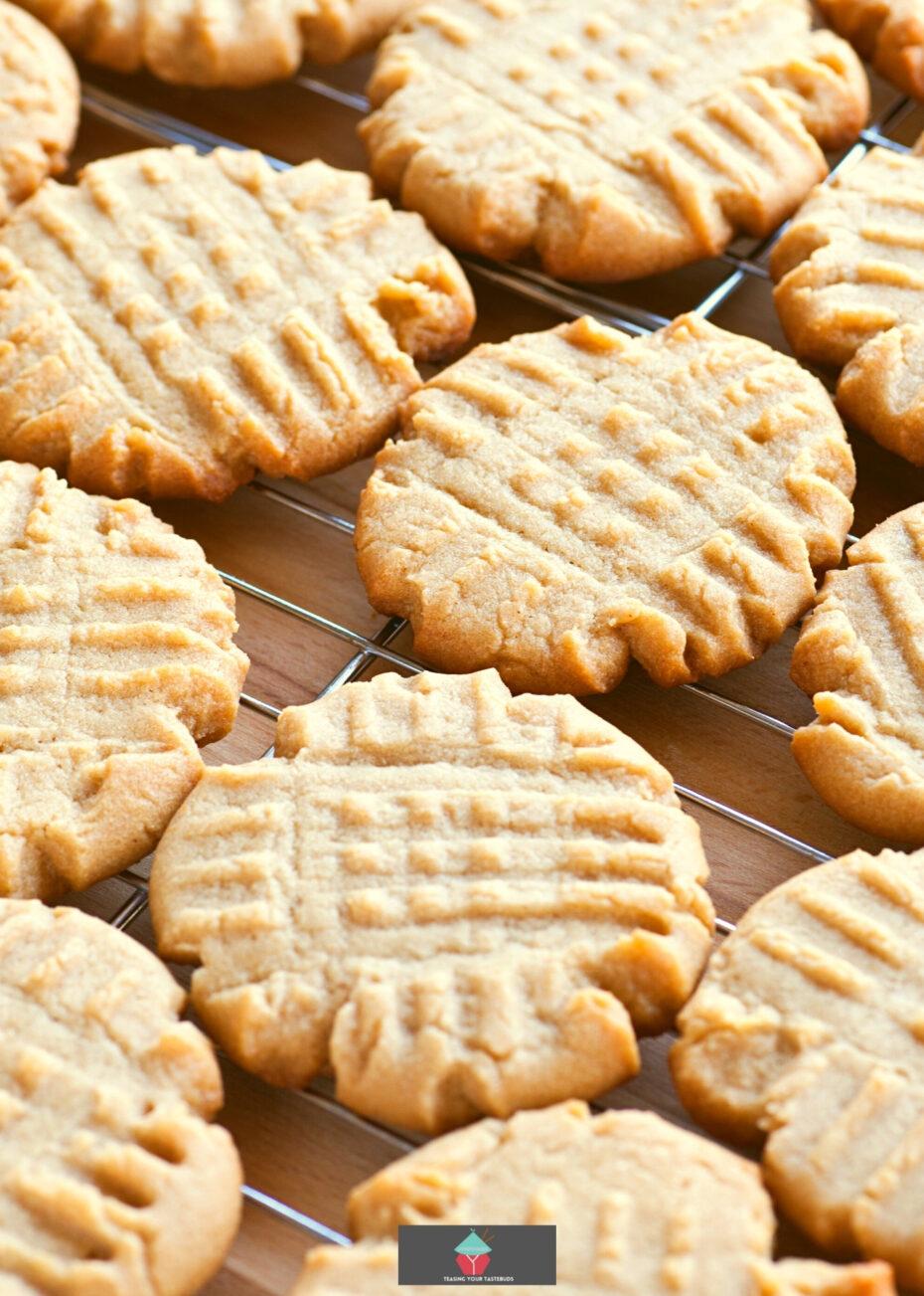 Criss Cross Vanilla Cookies, on cooling rack