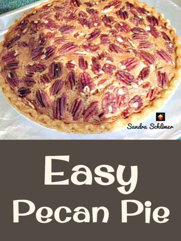 Pecan Pie - Easy Peasy recipe and so delicious! Don't forget to serve with a dollop of whipped cream!
