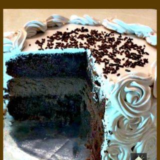 Chocolate Cake Cheesecake. Wow! Every Chocolate lover's dream!