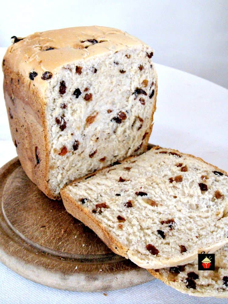 Cinnamon Raisin Bread | Lovefoodies