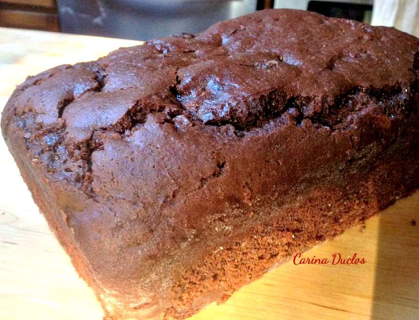 Raspberry Chocolate Loaf is a lovely moist and soft cake, very easy to make and freezer friendly too!