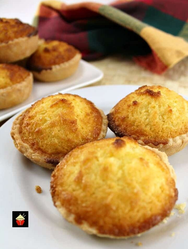 Coconut Tarts! These are a wonderful little tart, filled with a moist coconut egg custard filling. Great for the family and if you're making these for a party, be sure to make plenty! Freezer friendly too!   Lovefoodies.com