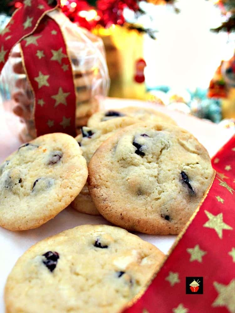 Cranberry and White Chocolate Cookies. A lovely easy recipe and great for gift packages at Christmas! | Lovefoodies.com