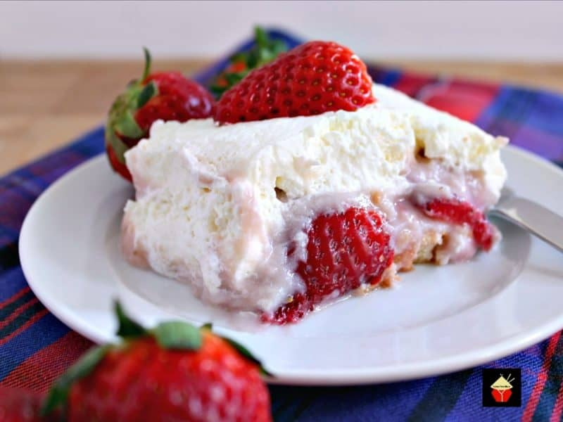Dreamy Strawberry Dessert. Simply OUT OF THIS WORLD! | Lovefoodies.com