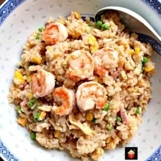 Garlic Shrimp Fried Rice! It's quick, easy and of course super tasty Asian starter or main dish! | Lovefoodies.com