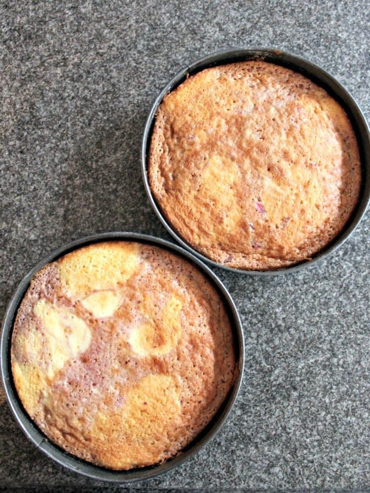 Strawberry and Vanilla Cake, baked.