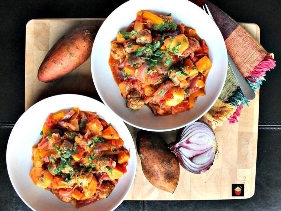 Sausage and Sweet Potato Dinner. A really quick, easy and budget friendly stove top recipe, suitable as a weekday meal or a gathering! Fantastic flavors using lovely fresh ingredients. | Lovefoodies.com