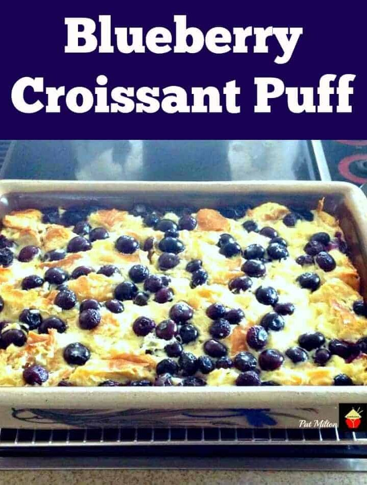 Blueberry Croissant Puff. A lovely easy recipe perfect for breakfast, brunch or dessert! | Lovefoodies.com