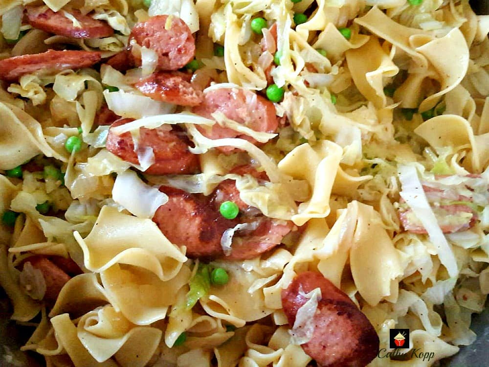 Polish Cabbage and Noodles, Haluski. A very comforting and hearty meal with a delicious garlic flavor.