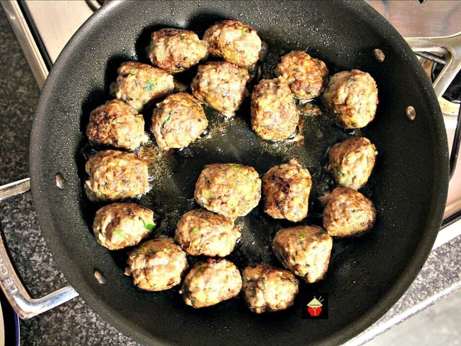 Garlic Meatballs and Pasta showing meatballs cooking