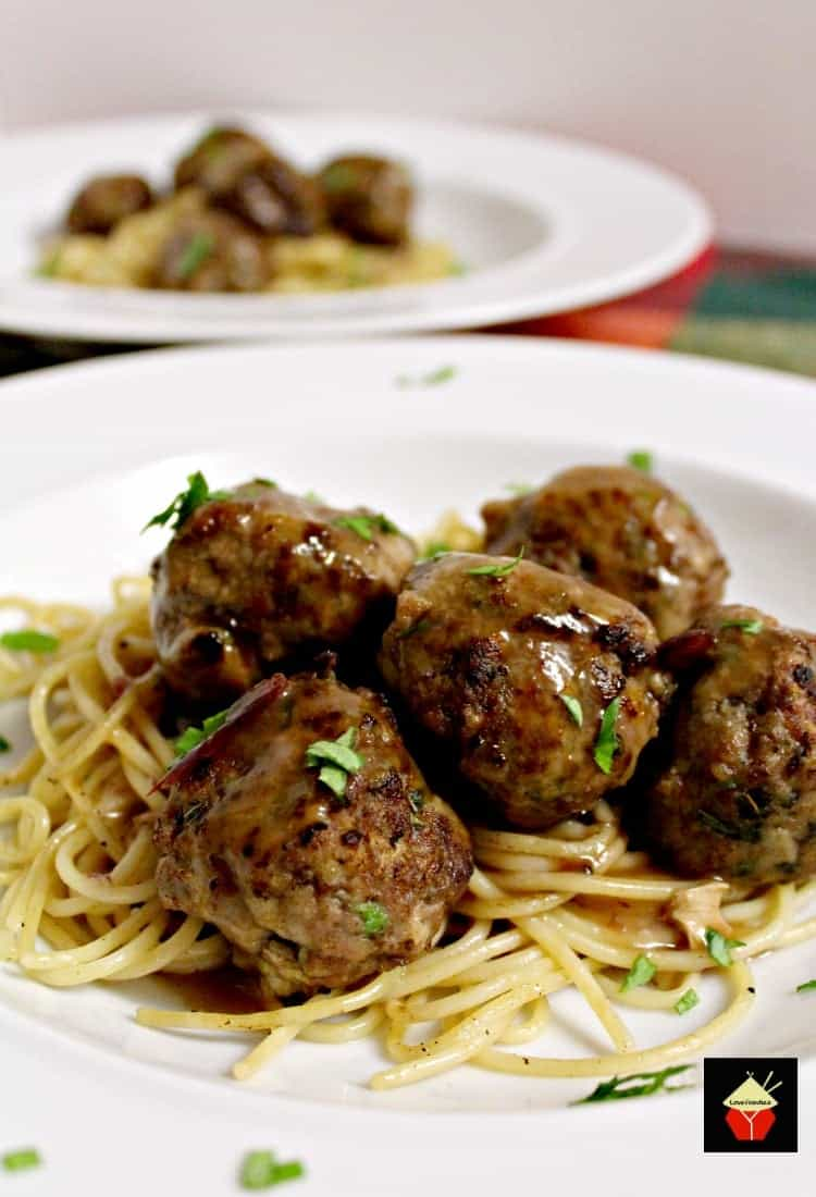 The very best blogger recipes from 2017 wow here we have a great garlic meatballs and pasta is a delicious homemade recipe full of flavor forumfinder Gallery