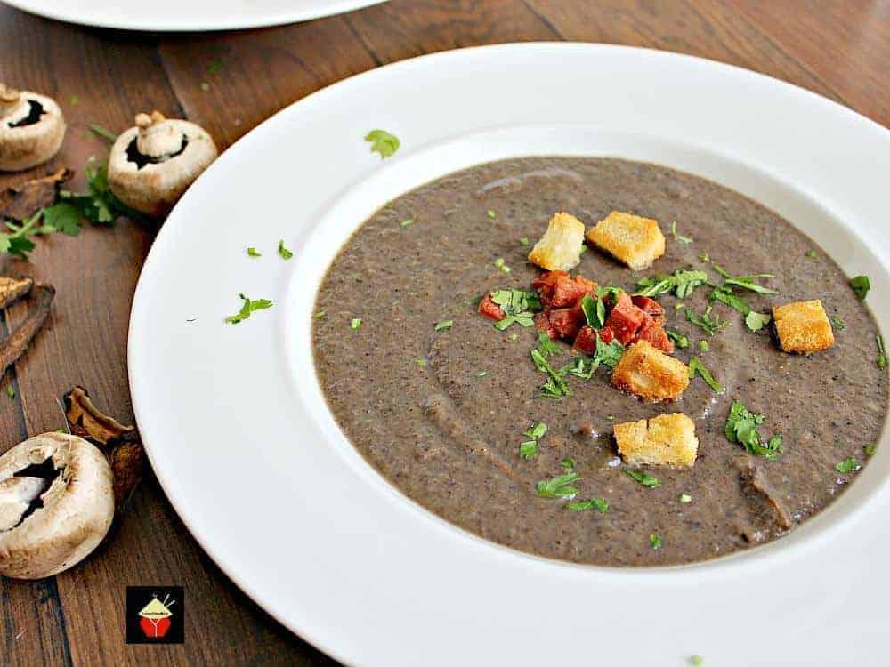 Creamy Mushroom Soup | Lovefoodies