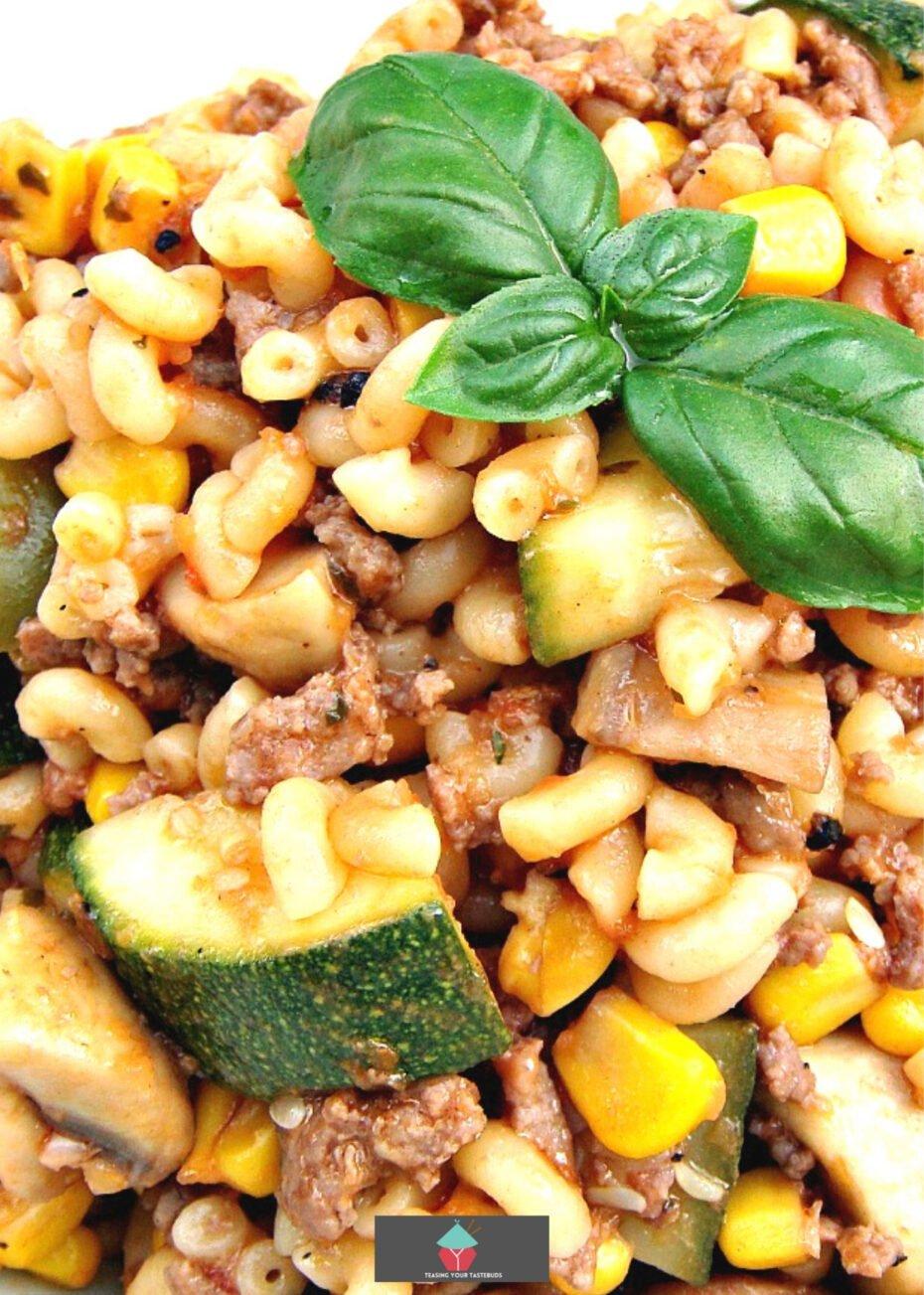 Easy Hamburger Goulash with mushrooms and zucchini