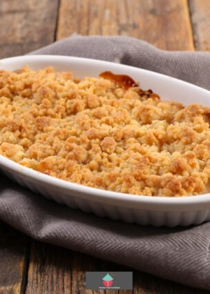 Pear and Almond Crumble. A lovely dessert with a nice refreshing taste, easy to make and great with ice cream or vanilla custard.