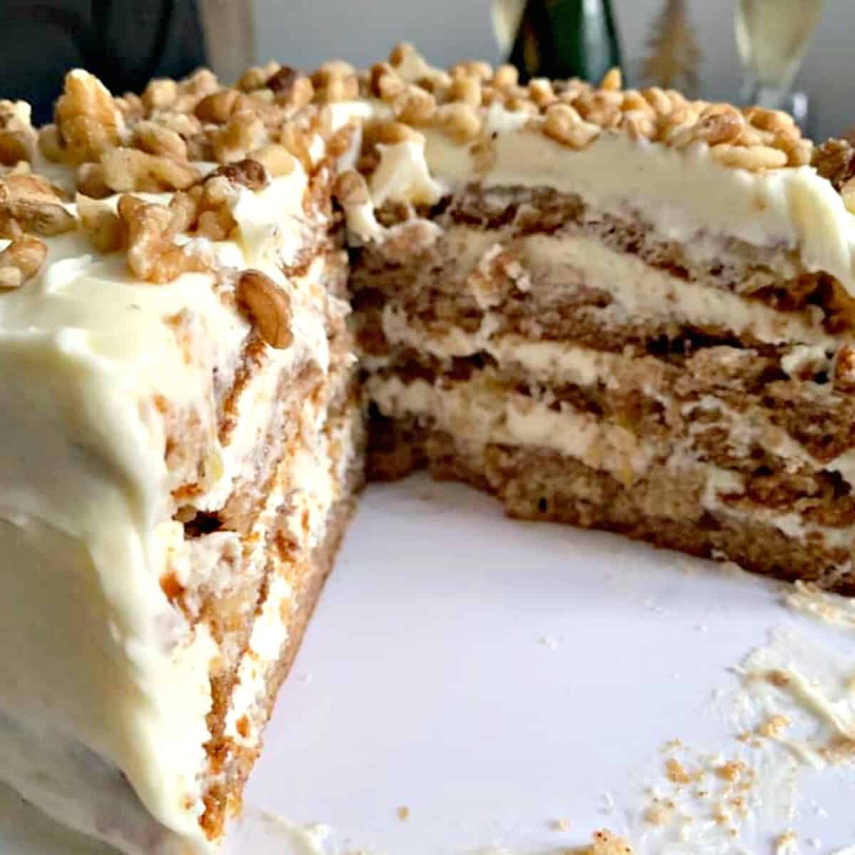 Hummingbird Cake Featured