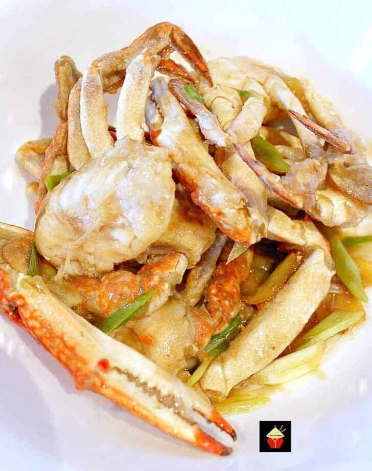 Chinese Crab with Scallions and Ginger! A great tasting seafood dish full of flavor and easy to make #Asian #Crab # #Chinese