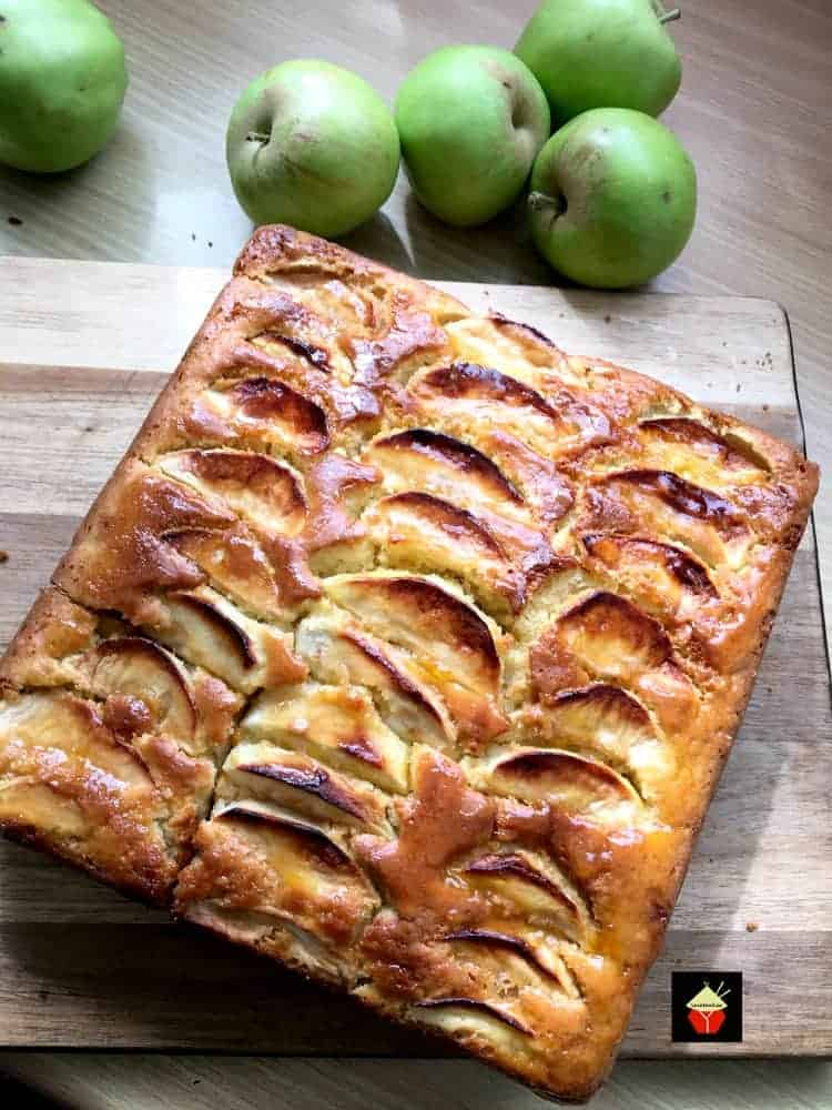 Amazing Toffee Apple Cake, a delicious cake recipe made from scratch bursting with the flavors of Fall. Perfect for Thanksgiving and Christmas too! #apple #toffee #cake #Thanksgiving #Christmas #Fall #winter
