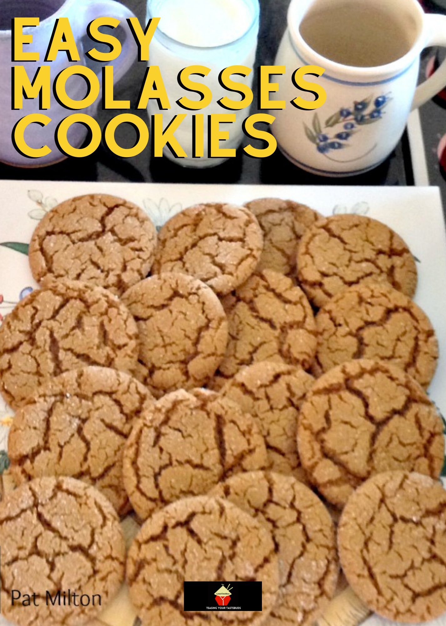 Easy Molasses Cookies, flavored with Christmas spices, make for a delicious cookie, ideal for Fall and the holidays. Crunchy outside and chewy inside. Great with a glass of milk!