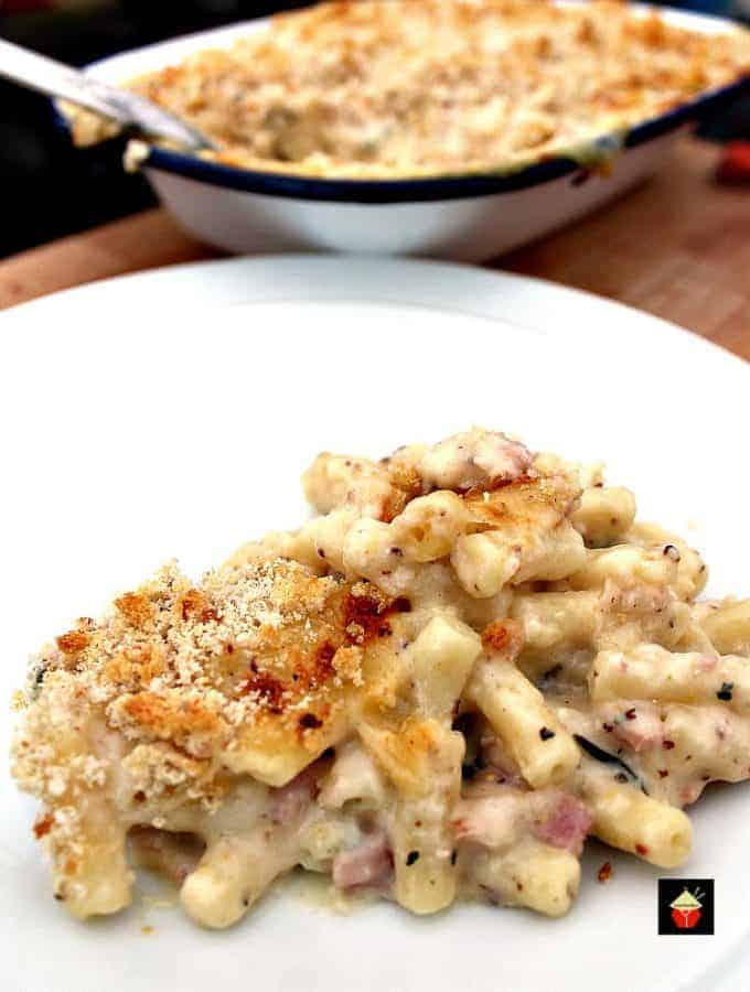Bacon and Crab Mac n Cheese is a delicious side or main dish, with a rich creamy cheese sauce and amazing flavors from smokey bacon and crabmeat. Really tasty!