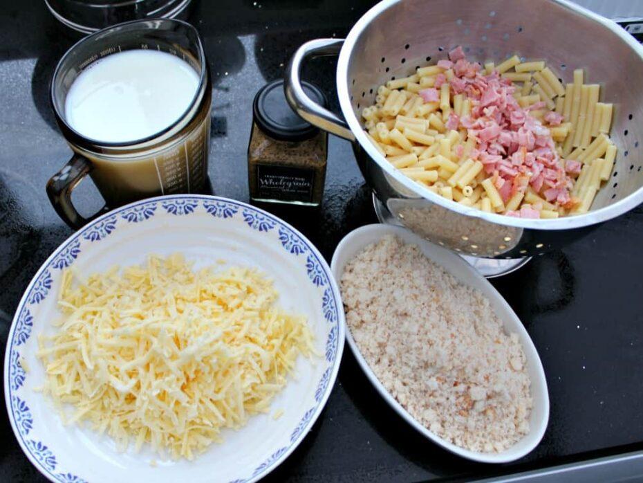 Bacon and Crab Mac n Cheese, preparing ingredients