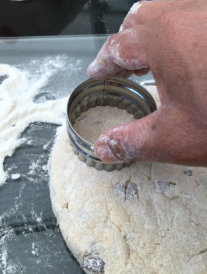 Showing cutter to make scone shape