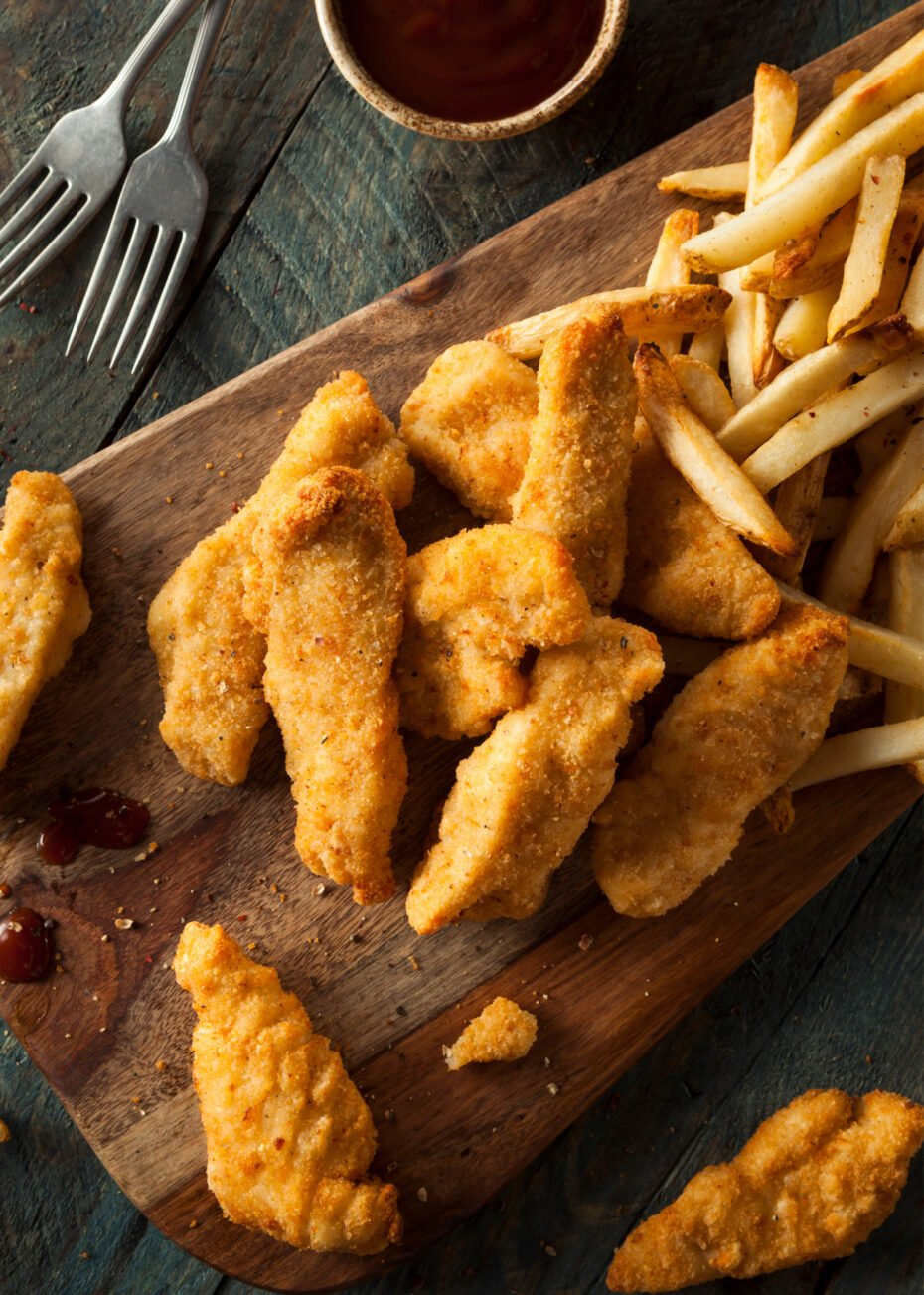 Homemade Fried Chicken Tenders are tender juicy pieces of chicken breast coated buttermilk then seasoned flour to give you great-tasting chicken.