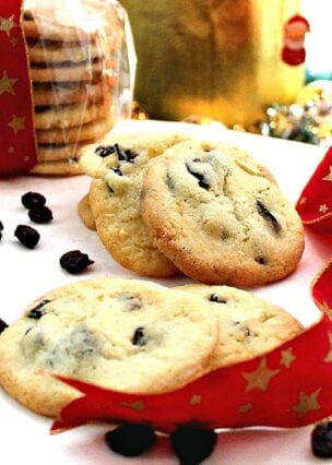 Cranberry and White Chocolate Cookies. A lovely easy recipe! Also easy to swap for other dried fruits too! Christmas Cookie Collection